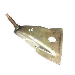 Кронштейн амортизатора верхний передней рессорной подвески 469 левый