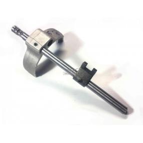 Шток переключения 5-ой передачи и заднего хода 5-ти ступенчатой КПП DYMOS (43640T00240) - с вилкой и головкой