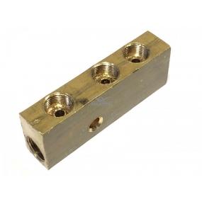 Соединитель тормозных трубок (центральный) - (3 отверстия М12х1 + 2 отверстия М12х1)