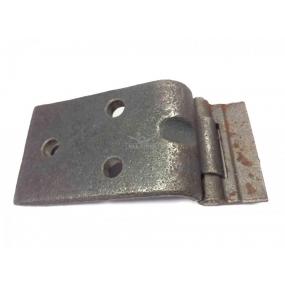 Петля задней двери нижняя Patriot, 3160  (неподвижное звено примерно 99,5х66 мм с 3 отверстиями)