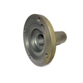 Крышка подшипника первичного вала (5-ти ступенчатой КПП/4-ех ступенчатой КПП на машинах с инжекторным двигателем)