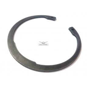 Кольцо стопорное (5-ти ступенчатой КПП Автодетальсервис н.о.) заднего подшипника промежуточного вала (GB/T4846-96)